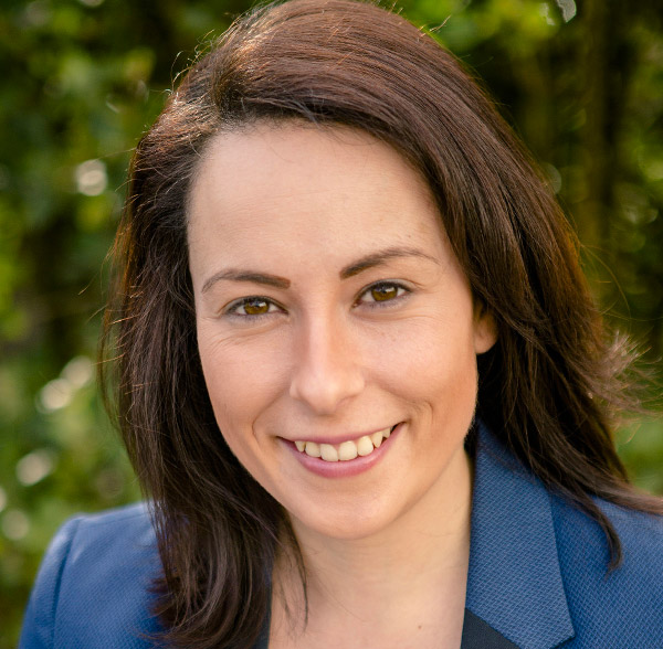 Angela Westgarth headshot